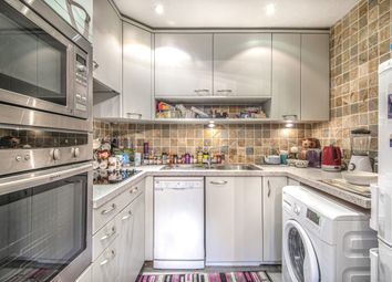 Thumbnail 1 bed property for sale in Kingsway, London