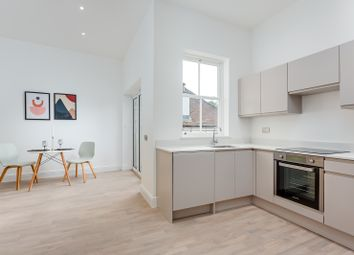 Station Approach, Tadworth KT20. 1 bed flat for sale