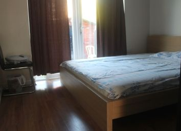 Thumbnail 5 bed shared accommodation to rent in Including Bills - Pine Avenue, Whitefield