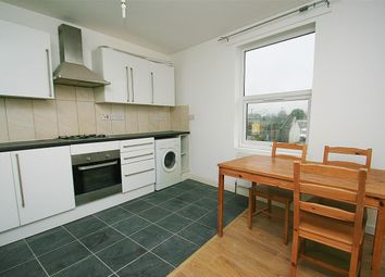 2 bed maisonette to rent in Dawley Road, Hayes UB3