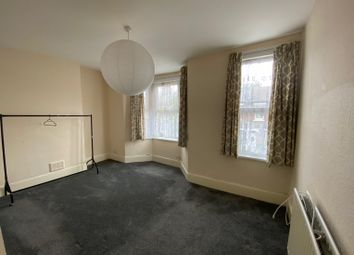 4 bed terraced house to rent in Albion Road, London E17