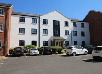 Thumbnail 2 bed flat to rent in Canal Road, Congleton