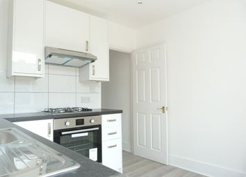 Thumbnail 2 bed flat to rent in The Broadway, Mill Hill