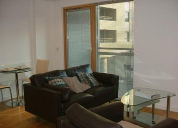 Thumbnail 1 bed flat to rent in The Gateway North, Crown Point Road, Leeds