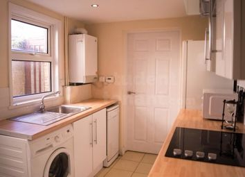 4 bed detached house to rent in Crown Street, Gillingham, Medway ME7