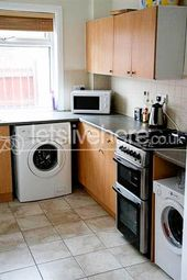 Thumbnail 6 bed terraced house to rent in Mundella Terrace, Heaton, Newcastle Upon Tyne