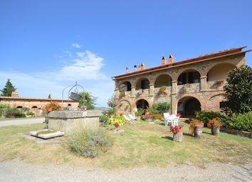 Thumbnail Farm for sale in Azienda Agricola La Bilancia, Pienza, Siena, Tuscany, Italy