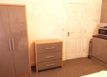 Thumbnail 2 bed shared accommodation to rent in Overton Drive, Chadwell Heath