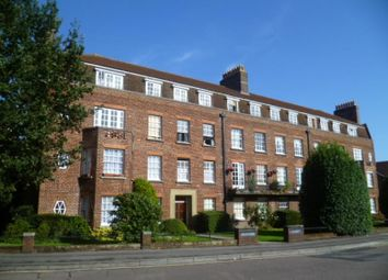 Thumbnail 2 bed flat to rent in Devonshire Road, Southampton
