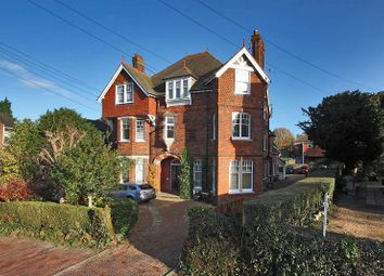 Thumbnail 2 bed flat to rent in Boyne Park, Tunbridge Wells