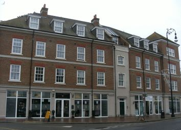 Thumbnail 3 bed flat to rent in High Street, Tonbridge