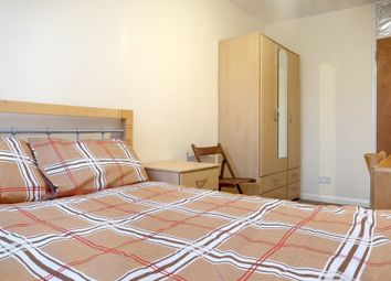 5 bed shared accommodation to rent in Bazely Street, London E14