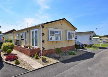 Thumbnail 2 bed mobile/park home for sale in Forest House, Newark, Nottinghamshire
