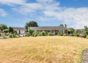 Thumbnail 3 bed bungalow for sale in Caldwell Road, Linton, Swadlincote