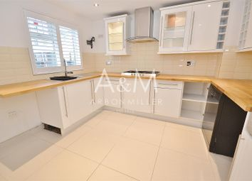 Thumbnail 4 bed property to rent in Limes Avenue, Chigwell