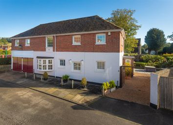 Little Court, River Court, Chartham CT4. 4 bed detached house