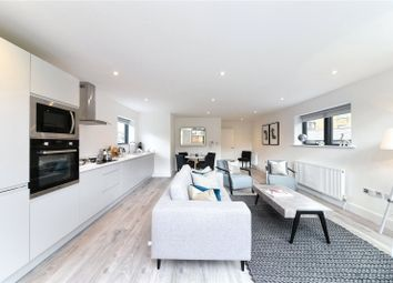 Thumbnail 2 bed flat to rent in Great Guildford Street, London