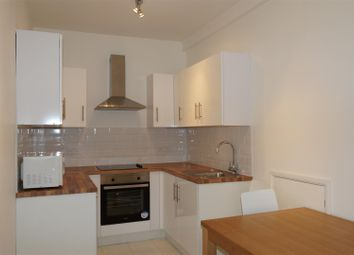 Thumbnail 1 bed flat to rent in Princes Avenue, Muswell Hill