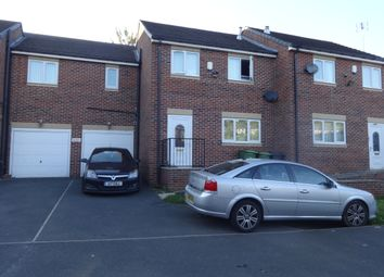 Thumbnail 4 bed link-detached house to rent in David Lane, Dewsbury