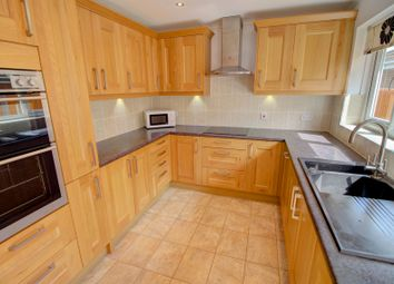 Thumbnail 3 bed bungalow for sale in Hemsdale, Pinkneys Green, Maidenhead