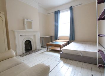 Thumbnail 6 bed flat to rent in Dunsmure Road, London