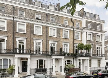 Thumbnail 1 bed flat to rent in Thurloe Square, London