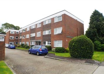 Thumbnail Room to rent in St Andrews Gardens, Church Road, Worthing