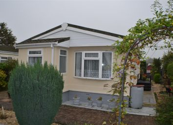 Thumbnail 2 bed mobile/park home for sale in Fir Close, Crookham Common, Thatcham
