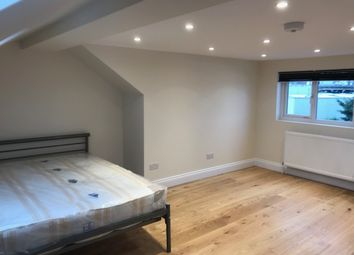 Thumbnail 1 bed flat to rent in Claypond Avenue, Brentford