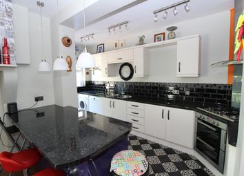 Thumbnail 5 bed property to rent in Bute Gardens, Wallington