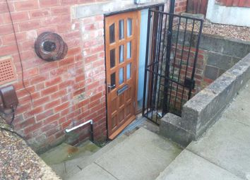 Thumbnail 1 bed flat to rent in Clifton Avenue, Leeds