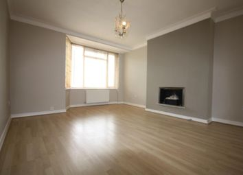 Thumbnail 2 bed flat to rent in Manor Gardens, Chiswick