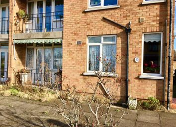 Thumbnail 2 bed flat to rent in Beech Avenue, Abington, Northampton