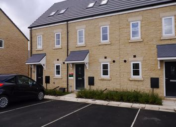 Thumbnail 3 bed maisonette to rent in Knotts Mount, Colne