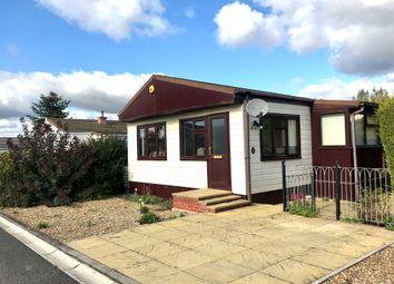 Thumbnail Mobile/park home for sale in Spinney Close, Redlands Park, Lighthorne, Warwick