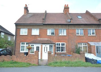 Leatherhead Road, Chessington, Surrey. KT9. 2 bed terraced house to rent