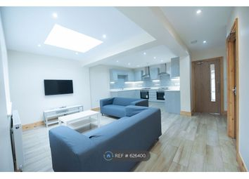 Thumbnail 6 bed detached house to rent in St. Peters Road, Reading