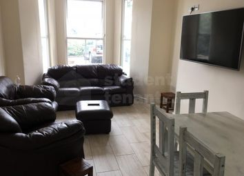 Thumbnail Room to rent in Snowdon Villas, Bangor