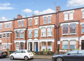 Thumbnail 2 bed flat to rent in Agincourt Road, London