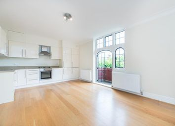 Thumbnail 3 bed flat to rent in Meadway, London