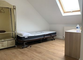Thumbnail Room to rent in Cuckoo Hall Lane, Edmonton