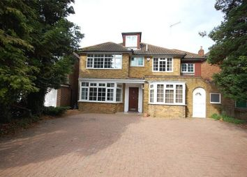 Thumbnail 6 bed detached house to rent in Fitzalan Road, Finchley Central