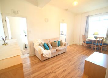 Thumbnail 1 bed flat to rent in Westbourne Gardens, Notting Hill, London