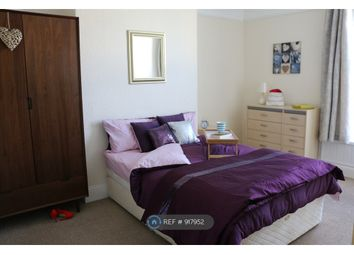 Thumbnail Room to rent in Pentyre Terrace, Plymouth