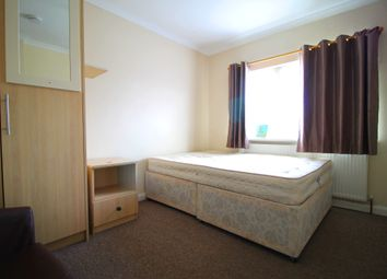 Thumbnail Room to rent in Great West Road, Hounslow
