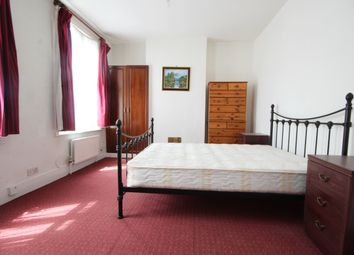 Thumbnail 4 bedroom terraced house to rent in Steele Road, London