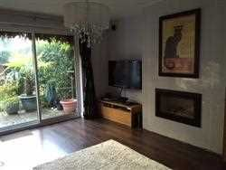 Thumbnail 2 bed maisonette for sale in Oakleigh Park North, London