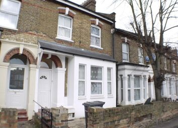 4 bed detached house to rent in St. Albans Cres, Wood Green N22