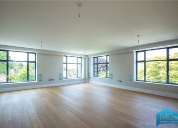3 bed flat for sale in Dollis Park, Church End, Finchley, London N3