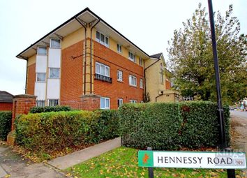 2 bed flat for sale in Hennessy Road, London N9